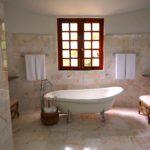 bath-bathroom-bathtub-105934
