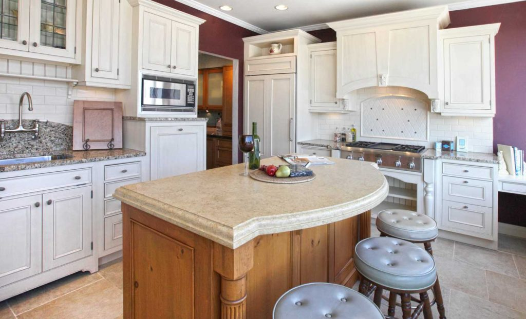 wood-mode-cabinetry-better-kitchens-niles-0001v2-1